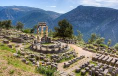 Delphi-The Center Of The World