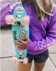 See more of lindsayklomp's VSCO. Penny Skateboard, Skateboard Design, Skateboard Girl, Skates, Mini Skate, Snowboard Girl, Abercrombie Girls, Girls Football Boots, Skater Girl Outfits