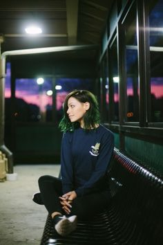 Clothes of Jenna McDougall from Tonight Alive Dark Green Hair, Tonight Alive, Come Undone, Girl Inspiration, Grunge Hair, Pop Punk, Woman Crush, Hair Inspo, Girl Crushes