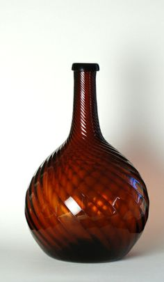 12A American Dark Amber Swirled Bar Bottle, probably made in Zanesville OH, 1820-1840