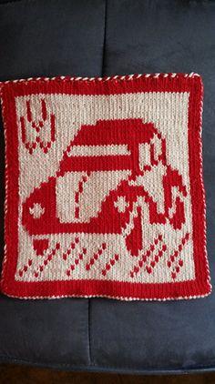 Ravelry: DF-Topflappen VW Käfer pattern by maku flo Crochet Potholders, Double Knitting, Ravelry, Pot Holders, Christmas Sweaters, Coasters, Crochet Patterns, Blanket, Sewing