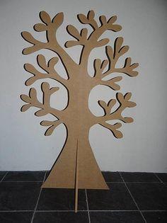 Grote houten boom