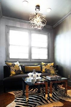 Dining Photos Luxurious Gold And Silver Painted Dining Room Ceiling Design Ideas, Pictures, Remodel, and Decor