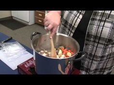 How to cook in an Insulated Cooking Box - Video