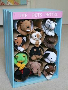 DIY Pet Hotel - Perfect hideaway for lots of stuffed animals!
