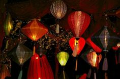 Paper lanterns make wonderful party decorations. You can make your own round paper lanterns using a paper mache technique. Instead of using old newspapers, you use rice paper in a single layer to form the lantern. Flying Paper Lanterns, Chinese Paper Lanterns, Paper Lantern Making, Rice Paper, Tissue Paper, How To Make Paper, Light Decorations, Outdoor Decorations, Wedding Decorations