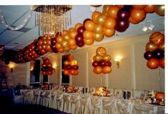 sports theme balloon decorations   Party Packages : Unique Custom Cookie Favors, Cupcakes, Cake Pops ...