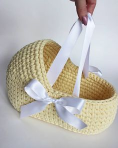 Muñeca Diy, Diy Crafts, Baby Born, Doll Patterns, Quilts, Dolls, Handmade, Shoes, Crochet Vase