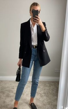 Casual Work Outfits, Professional Outfits, Work Attire, Classy Outfits, Stylish Outfits, Fall Outfits, Black Blazer Outfit Casual, Smart Casual Outfit, Classy Casual