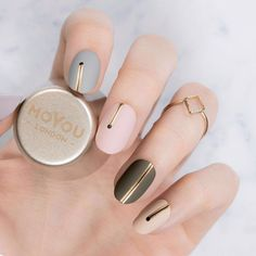 Time for 6 different minimal manicure inspo we created specially for the season's festivities!! Make sure to check future posts to tell us which one is your favourite!⠀ ⠀ ⠀ 👉Plates - Frenchy 18⠀ 👉Polishes - Black Knight // Ginger Rust // Into the Woods // Cafe au Lait // In the Nude // Silver Fox⠀ ⠀ #MYL #moyoulondon ⠀⠀⠀⠀⠀ ⠀⠀⠀⠀ #cutenails #minimalnails #winternails #notd #nailsoftheday #nailart #naillove #ignails #elegantnails #instanails #nailsofinstagram #bbloggers #nailfashion…