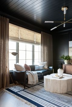 At home with Studio McGee - we're loving Syd's new office, complete with tone on tone woven wood shades and linen drapery. Cool Office Space, Office Space Design, Casual Living Rooms, Living Spaces, Men's Home Offices, Us White House, Woven Wood Shades, Dark Walls, Interior Design Inspiration
