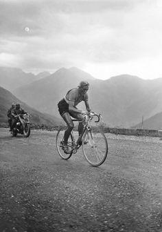 Louison Bobet on the Col du Bastillon