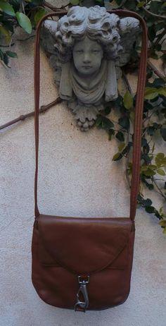 TIGNANELLO LUGGAGE TAN LEATHER CROSS BODY TRAVEL MESSENGER BAG PURSE  #Tignanello #MessengerCrossBody