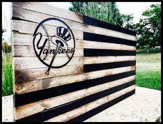 Sports Flags, Wood Flag, Rustic Farmhouse Decor, Secret Santa, New York Yankees, Wood Projects, Etsy Shop, Sign, Football