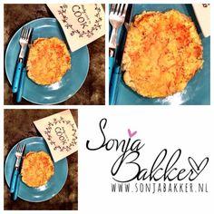 Heerlijk als lunch deze bloemkool omelet! Ook heerlijk met een tomaatje erbij. Zie op mijn you tube kanaal hoe ik deze heerlijke lunch maak: Bekijk deze video op YouTube: http://youtu.be/1he3hDEO0Co www.sonjabakker.nl