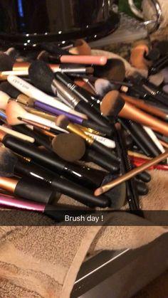 Makeup Dupes, Makeup Kit, Makeup Tools, Makeup Brushes, Beauty Skin, Beauty Makeup, Health And Beauty, Snapchat Makeup, Unicorn Nails