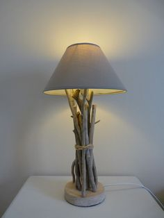 Lampe de chevet galet bois flott 35cm blanche pas cher for Lampe de chevet en bois flotte pas cher
