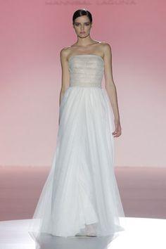 Los vestidos de novia de Hannibal Laguna foto 28...