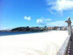 Praia de Silgar en Sanxenxo, Galicia Four Square, Spain, Beach, Outdoor, Yachts, Sailing Ships, Beaches, Events, Summer Time