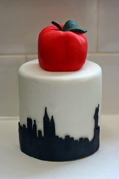 Big apple birthday cake for a New York City birthday party!!