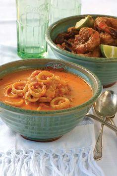 Sizzling garlic and jalapeño prawns