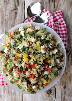 Crunches, Cobb Salad, Pesto, Quinoa, Food, Red Peppers, Essen, Cheer Abs, Meals