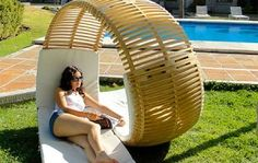 Funny pictures about Awesome patio lounger. Oh, and cool pics about Awesome patio lounger. Also, Awesome patio lounger photos. Modern Outdoor Furniture, Cool Furniture, Pallet Furniture, Garden Furniture, Furniture Design, Rattan Furniture, Dream Furniture, Primitive Furniture, Futuristic Furniture