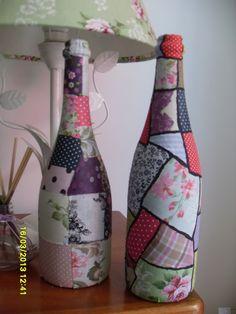 garrafas forradas com tecido