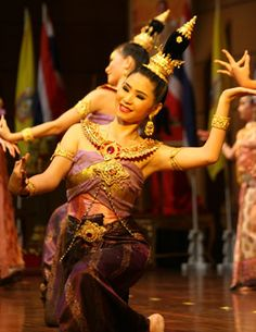 Traditional Thai dancing  http://www.travelnation.co.uk/thailand/