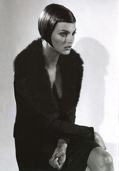 Linda Evangelista | Dolce & Gabbana | 1995