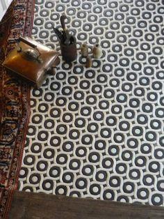 curl mosaic- www.patakitiles.com facebook: Pataki Tiles