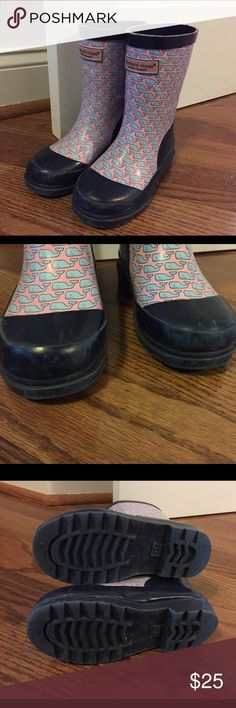 Girls Vineyard Vine boots Worn but good shape girls size 11 Vineyard Vine boots. Some scuffing on the toes. (See pictures) Vineyard Vines Shoes Rain & Snow Boots