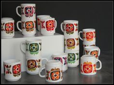 Collection mugs Mobil vintage