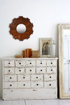 I love the warm, textured wood on this Burst Mirror. Just a bit unexpected. And the compact size is also interesting. |  Sponsored by Nordstrom Rack.