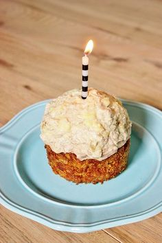 Happy 4th Anniversary Whiskey! {Nut-Free Dog Birthday Cake Recipe)