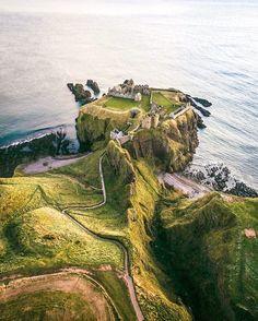 ***Dunnottar Castle (Scotland) by Connor Mollison (@connormollison) on Instagram c.