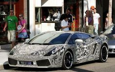 Exotic cars are a dream for one and all. Here is one more addition. They call it a Sharpie Lamborghini because it is a Lamborghini covered in Sharpie drawings.