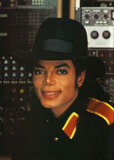 Michael Jackson B-A-D E-R-A - The Bad Era Photo (21960112) - Fanpop