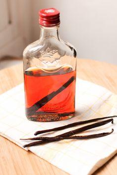 extrait de vanille maison - homemade vanilla extract (1 of 1)