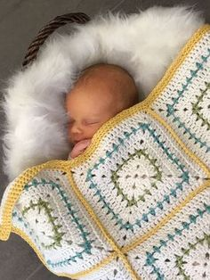 Crochet Baby Blanket Pattern - Chunky Squares Crochet Baby Blanket - Throw - Pattern by Deborah O'Leary Patterns