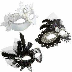 Masquerade Masks, with a boa garland!!!!!