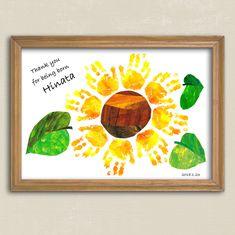 手形アート*ひまわり   ハンドメイドマーケット minne Daycare Crafts, Baby Crafts, Diy And Crafts, Arts And Crafts, Paper Crafts, Mothers Day Crafts For Kids, Diy For Kids, Hand Art Kids, Hand Kunst