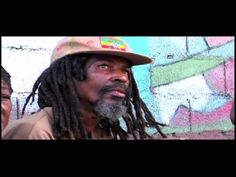 #REGGAE VIDEO Paketo Wilson & Derajah - Ina De Yard - rastapuls is featured on Reggae Hangout TV   http://reggaehangouttv.net/home/paketo-wilson-derajah-ina-de-yard-rastapuls/   The Riddim Is LOVE!  http://reggaehangouttv.com   WATCH IT ONLINE NOW!!!  FREE DOWNLOAD!!! Music YARD - Reggae Desktop PlayR http://reggaehangouttv.net/musicyard