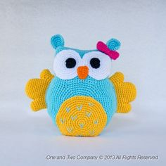 I want!!! One and Two Company- Owl Pillow Crochet Pattern