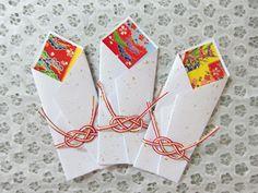 祝箸袋(紅型柄)スタイル:3枚入り 水引付サイズ:15cm×6cm☆祝の席を彩る箸袋☆紅型柄の華やかでめでたい雰囲気が祝の席にぴったりです。☆特別...|ハンドメイド、手作り、手仕事品の通販・販売・購入ならCreema。