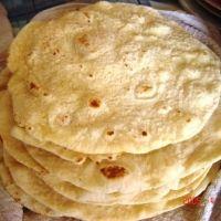 Yufka bread for Doener shop -style falafel wraps!