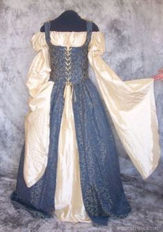 Renaissance Costume Gown Dress Wedding Noble SCA LARP | eBay