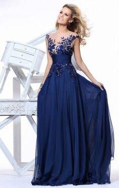 Vestido de formatura azul marinho com renda