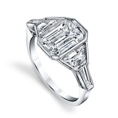 Engagement Envy: 20 Rings that Rock Our World - Vintage Reinvented from Engagement Ring Prices, Engagement Ring Shapes, Bridal Jewelry Vintage, Antique Jewelry, Three Stone Rings, Diamond Are A Girls Best Friend, Just In Case, Wedding Rings, Bridal Rings