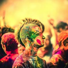 #benetton #party #colors #India #Holi